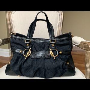 GUCCI- GG black pattern bag